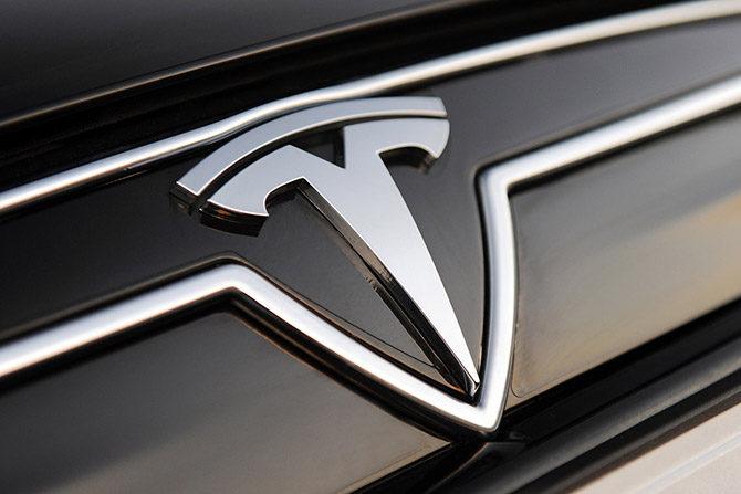 Tesla надеется на успешный 2018 год