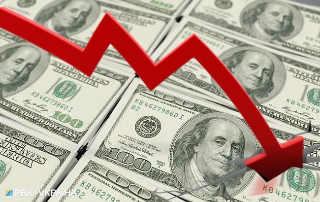 НБУ на 21 сентября усилил курс гривны до 28,06 грн/доллар