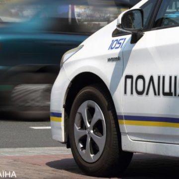 В Одесской области на обочине автодороги обнаружили тело мужчины