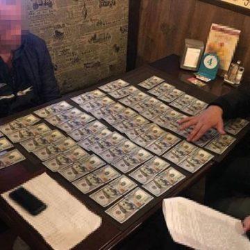 Полиция задержала на взятке полковника Генштаба ВСУ
