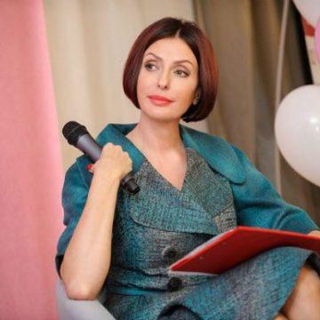 Киевские полицейские оштрафовали жену Яценюка за нарушение ПДД