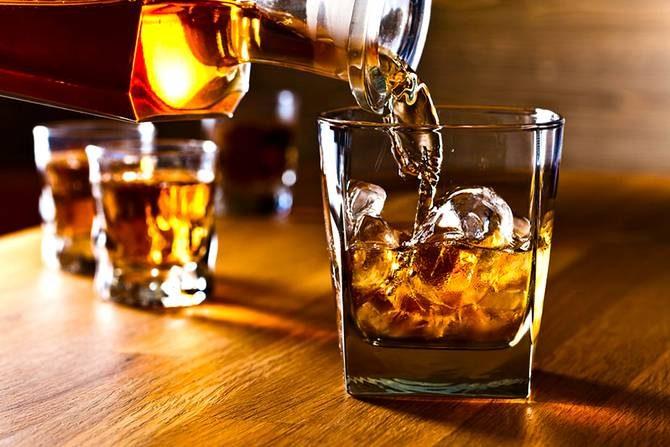 Виски помогает бороться с онкологией, — ученые