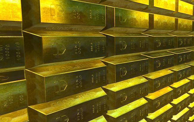 НБУ повысил курс золота до 338,88 тыс. гривен за 10 унций
