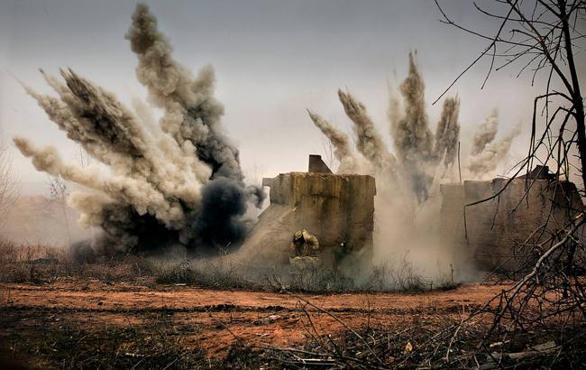 Украинские военные ответили на атаку боевиков возле Крымского