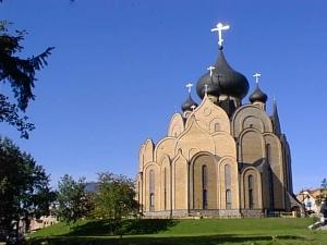 Православная церковь Польши запретила собственным служителям общаться с УПЦ КП – подробности