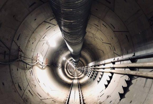 Компания Маска закончила прокладывать первый подземный скоростной тоннель