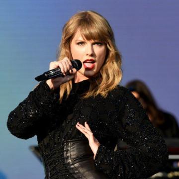 День рождения Тейлор Свифт: Топ-10 лучших клипов певицы