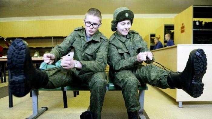 Диплома не будет: выпускников российских военных ВУЗов разрывают украинские снаряды