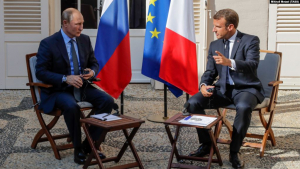 Макрон пообещал Путину вернуть Россию в «Большую восьмерку» при одном условии