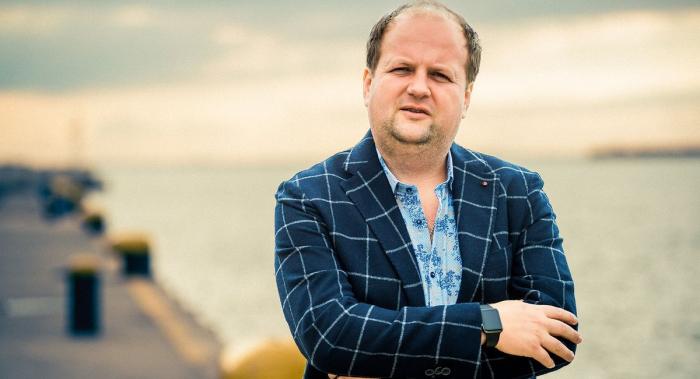 «Это тяжело», — лидер группы «ТИК» Виктор Бронюк выдал свой лайфхак по похудению на 30 килограммов